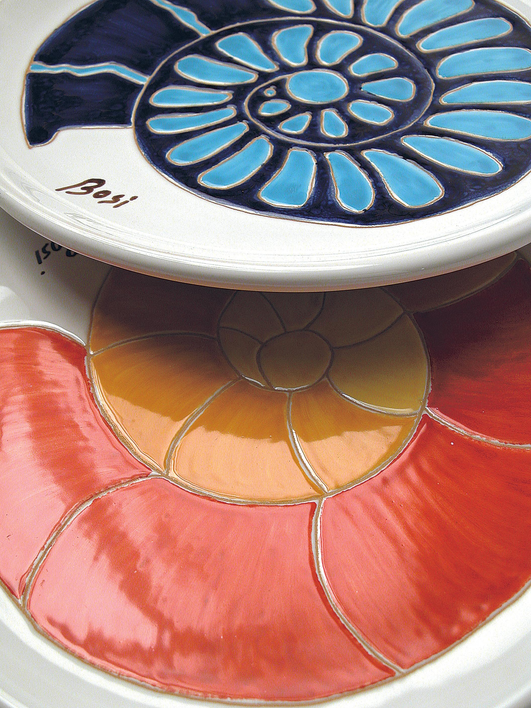 Gruppo Ceramica E Complementi.Complementi D Arredo Piatti Da Collezione Cerasarda Atelier